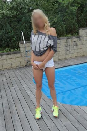 Blonde sexy escort Anita
